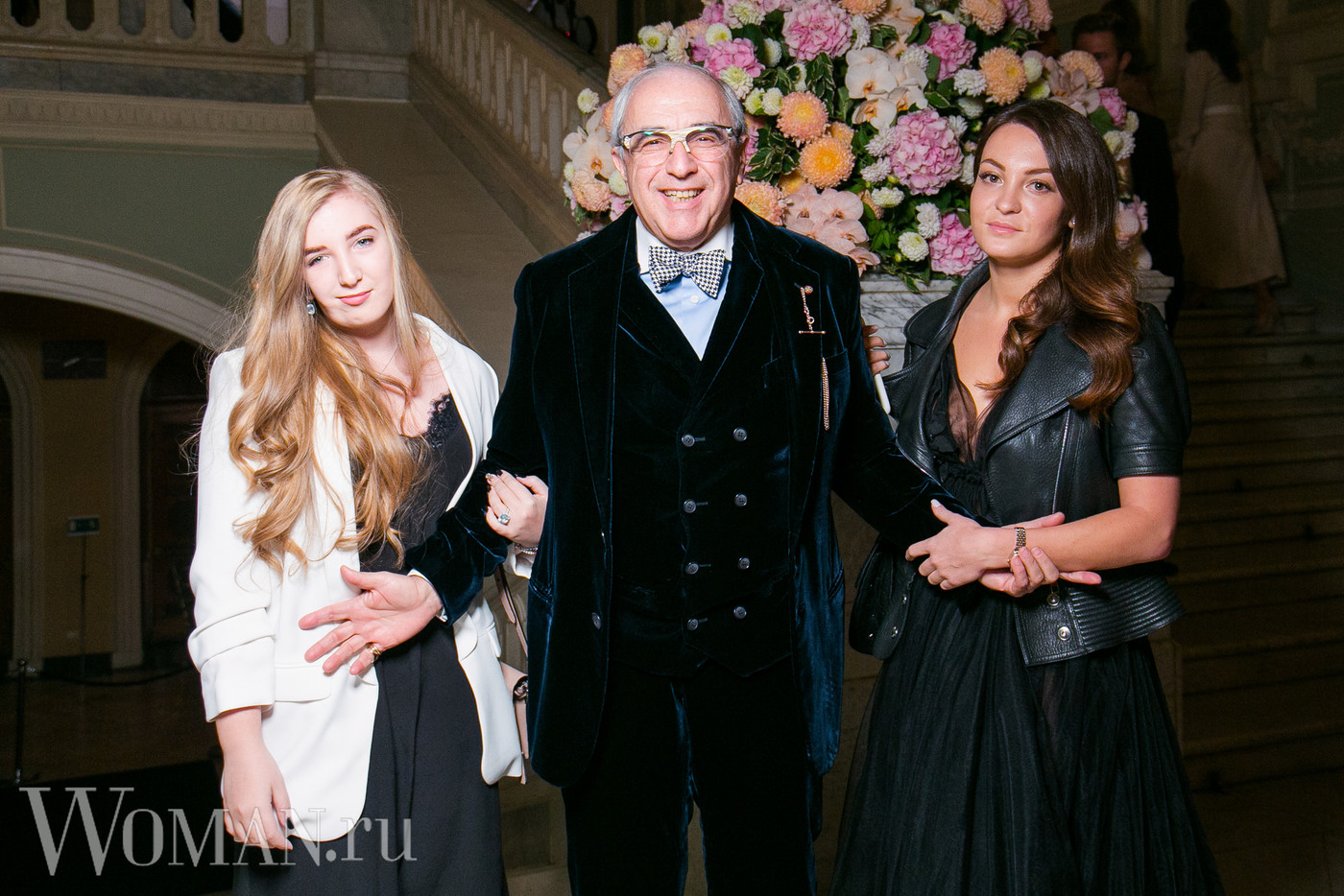 Александр Добровинский с дочерьми