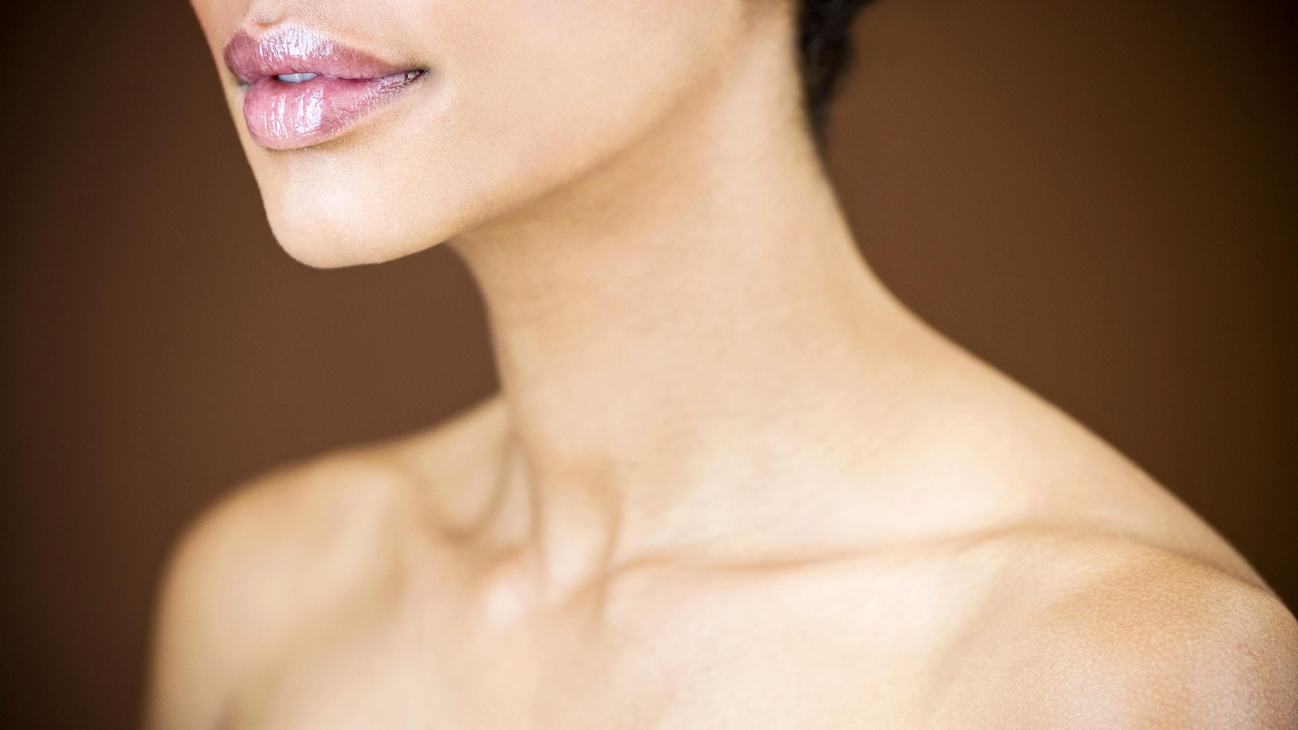 шея и плечи картинки женщин издревле