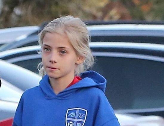 В сеть попали редкие фото дочери Джулии Робертс, которая очень похожа на мать
