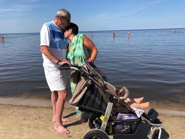 У 79-летнего Эммануила Виторгана родилась еще одна дочь: актер показал малышку
