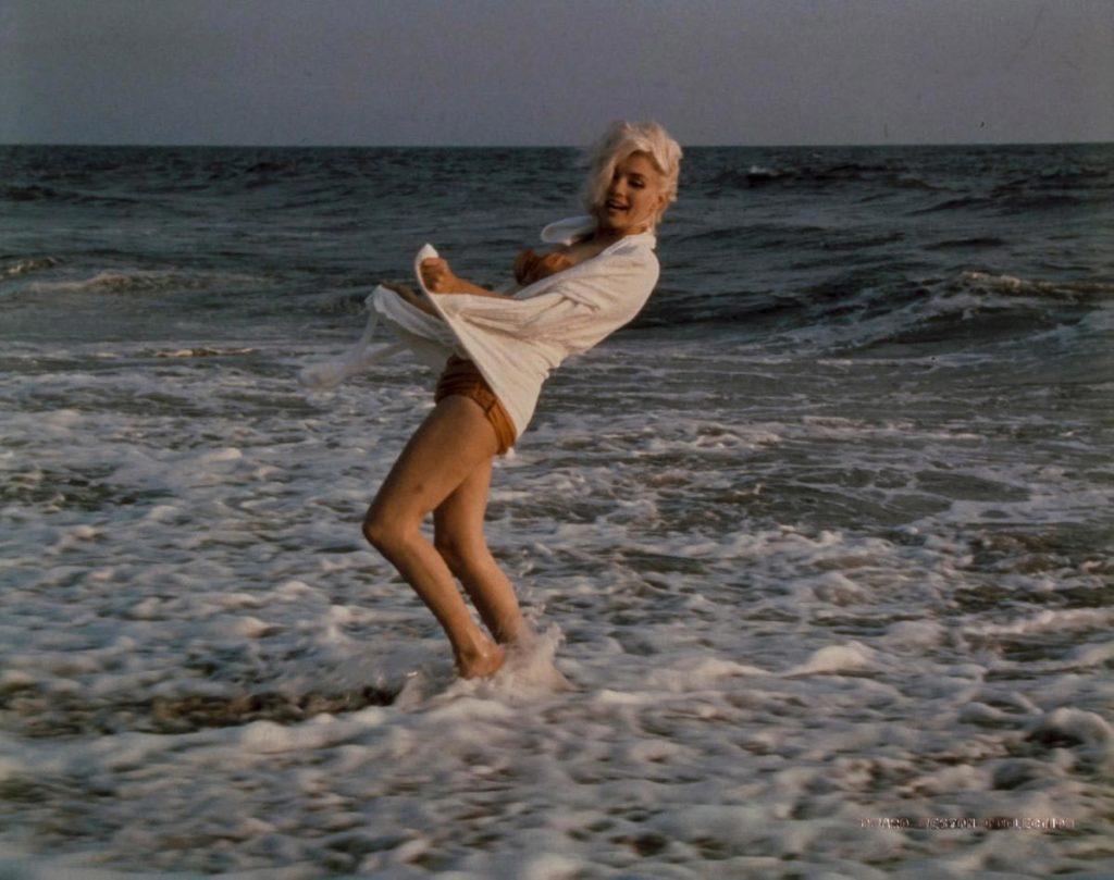 Редкие фото Монро, сделанные за 3 недели до ее ухода
