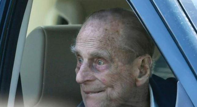 Супруг королевы Великобритании ушел из жизни на 99 году жизни, не дожив двух месяцев до своего 100-летнего юбилея.